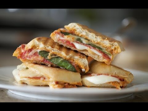 Awesome Grilled Cheese Pizza Sandwich
